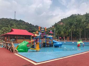 鸿源湖游泳池