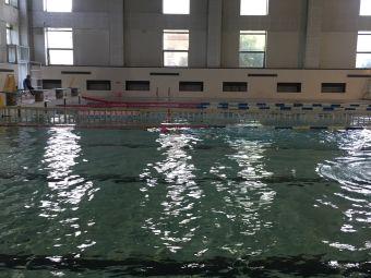 医大二院游泳馆