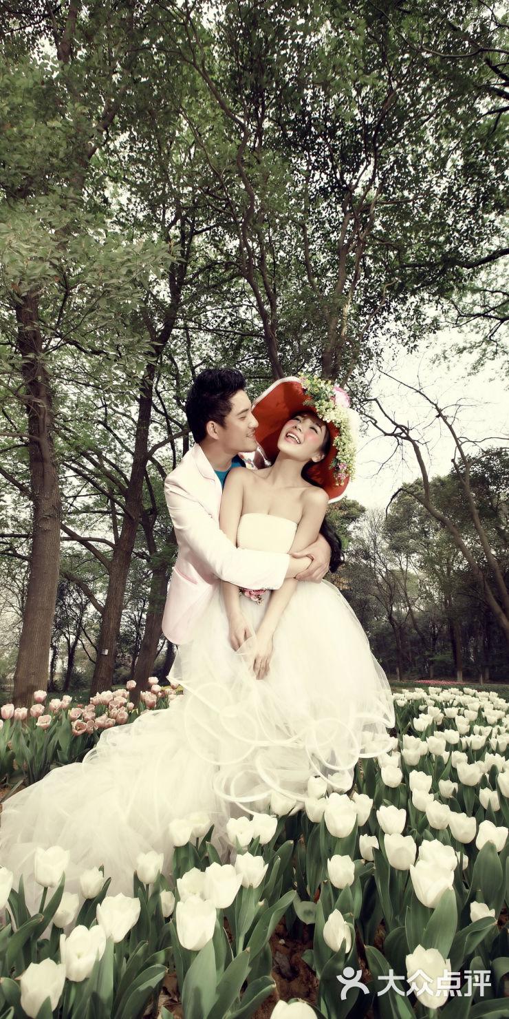 国外蜜月婚纱摄影工作室_情敌蜜月婚纱