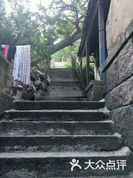 王统照故居-图片-青岛周边游-大众点评网