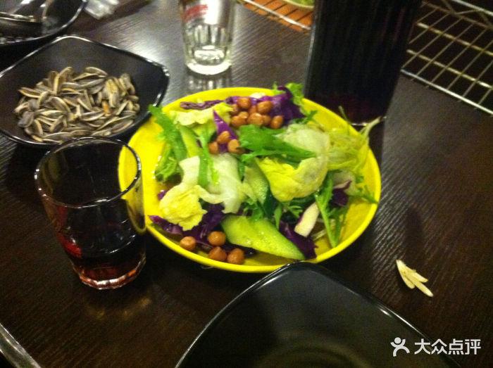 白百合焖锅冬笋高压锅火锅腊肉汤图片