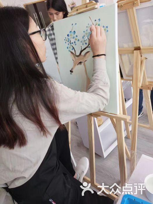 初墨· 油画手作课堂图片 - 第1张