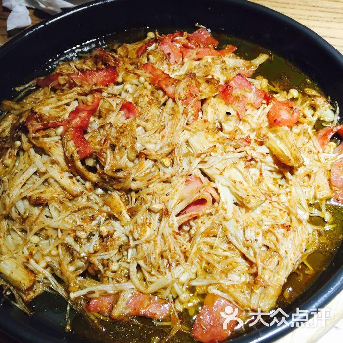 石小二木桶鱼(台东店)-烤金针菇图片-青岛美食-大众