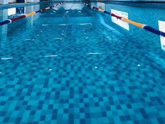 熊锟游泳馆