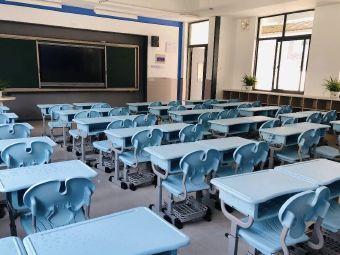 龙虎塘中心小学