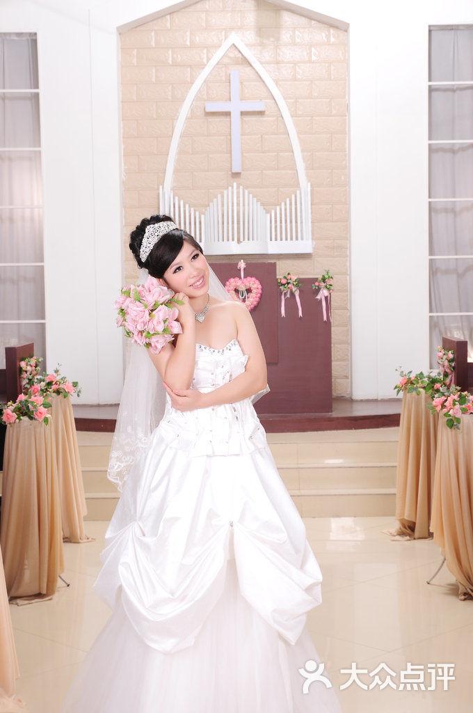 扬州 艾玛 婚纱摄影_写真套餐A 扬州艾玛婚纱摄影工作室