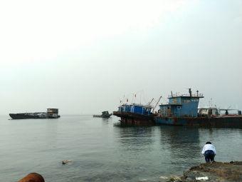 唐山湾三贝码头出海打鱼观光