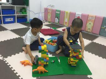 乐高机器人教室(欧亚广场店)