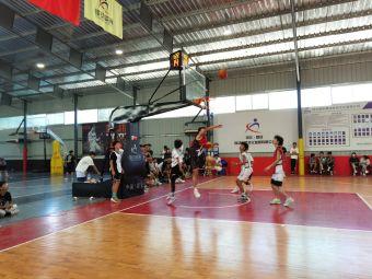 锋动体育篮球馆
