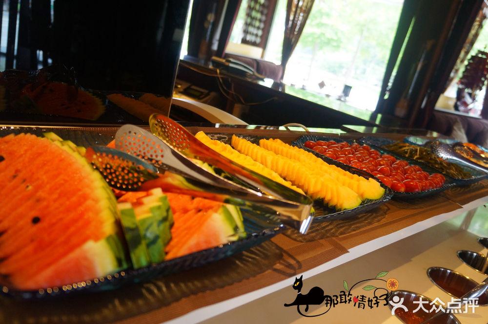 吃相肥鱼火锅店-自助水果-菜-自助水果图片-北京美食
