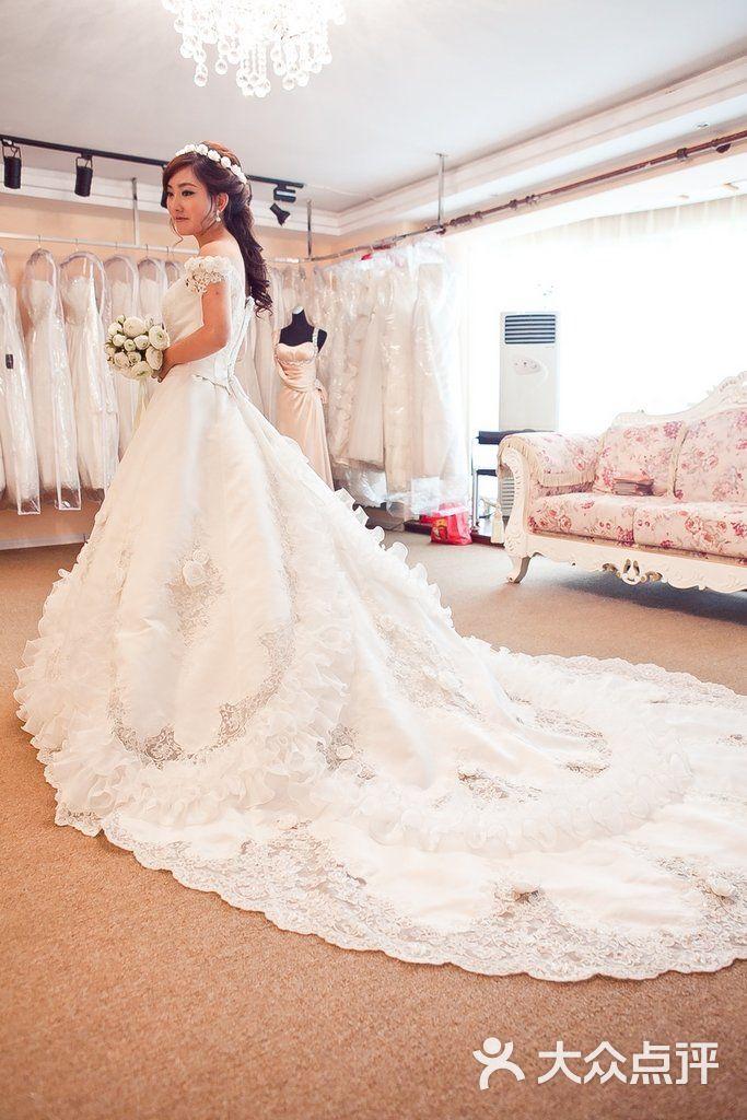 花嫁新娘婚纱礼服