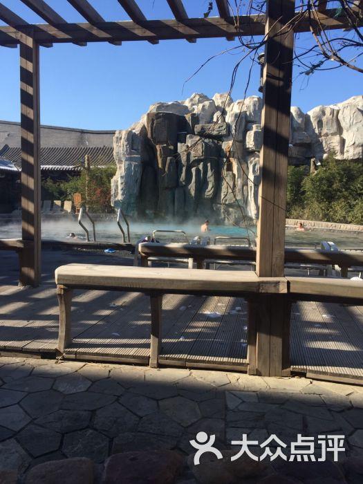 隆鹤国际温泉酒店的点评