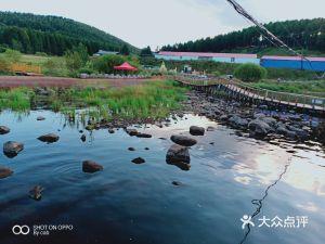 神龙潭大型跑马场