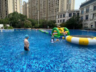 碧桂园凤凰城酒店游泳池