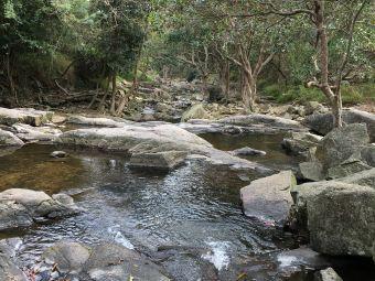 银矿湾瀑布公园
