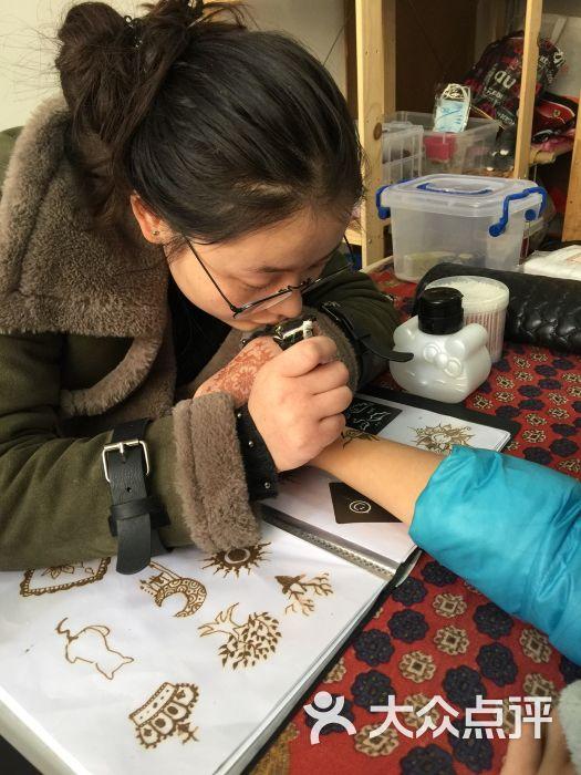 沙秋美甲海娜手绘纹身私人订制图片 - 第2张