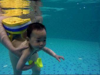 水宝宝亲子游泳中心