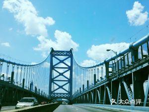 本杰明·富蘭克林大橋