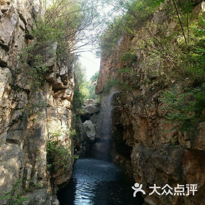 石龙峡风景区