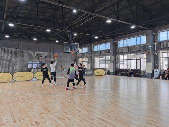 楚杉篮球馆