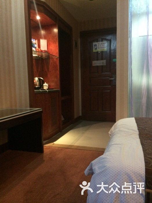 半岛商务酒店--其他-iphone_upload_pic图片-海宁市