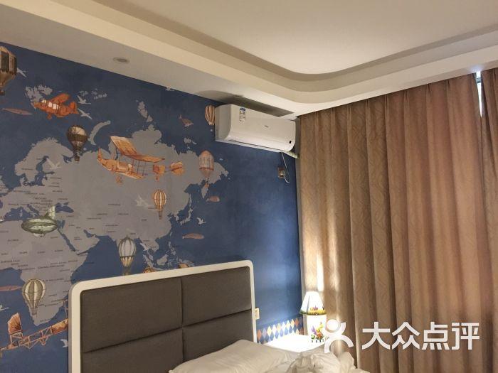 雅安碧峰峡萌趣东方动物主题酒店图片 - 第1张