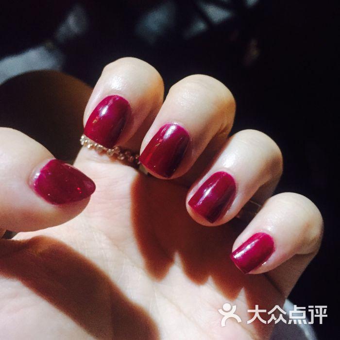 三月美甲- 酒红色美甲图片-天津丽人-大众点评网