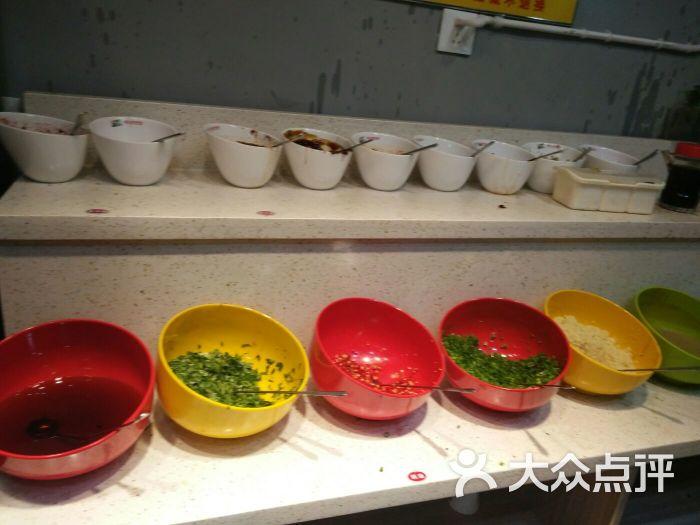成都屋头串串香(春天花园店)图片 - 第2张