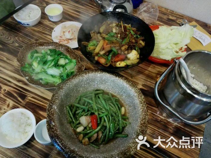胡美食三点评(火车站店)-师傅-张家界美食-大众下锅图片饺子图片