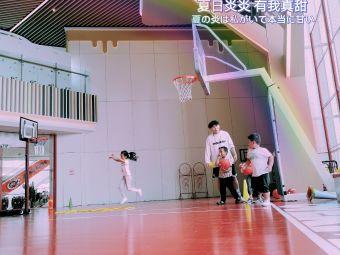 OVERMAN青少年篮球成长营(时代店)
