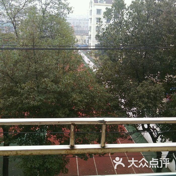 铜陵市杨家山小学图片-郑州小学小学班分v小学图片