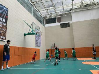 吾畏篮球学院(后花园校区)