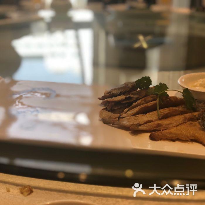 岁宝酒家香煎大斗鲳食谱-潮汕郑州菜宝润肠东富1通便图片图片