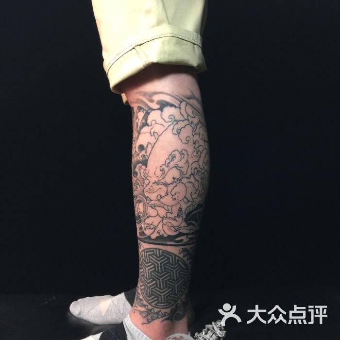 wuwotattoo富贵双狮包小腿图片-北京纹身-大众点评网