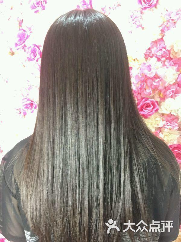 期待再次光临,本店推出【日式,韩式,欧美,烫染,无痕渐变炫色,以及头发