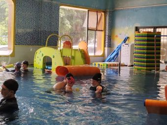 瀚櫁亲子水育中心