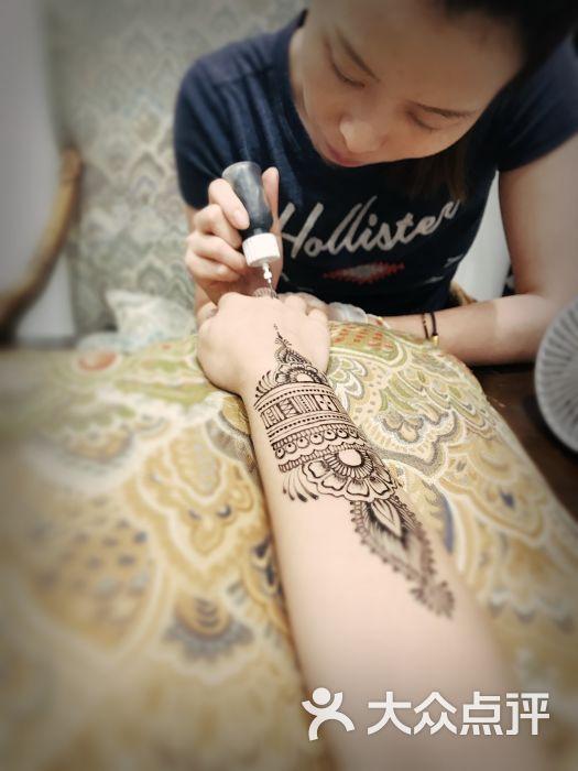 造梦所·汉娜henna手绘图片 - 第1张