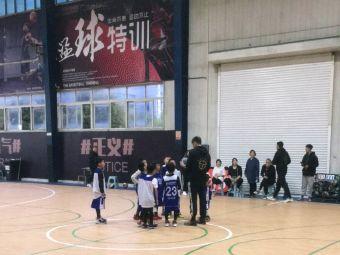 聚能优星篮球训练营