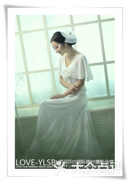 伊丽莎白国际婚纱_伊丽莎白国际婚纱摄影