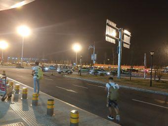 襄阳刘集机场停车场