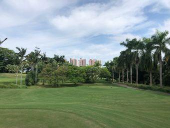 汤泉高尔夫球场