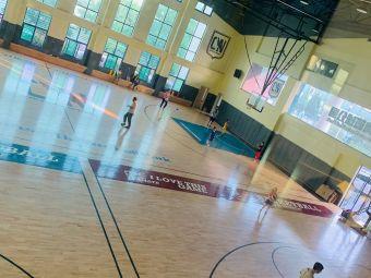 雏鹰篮球公园