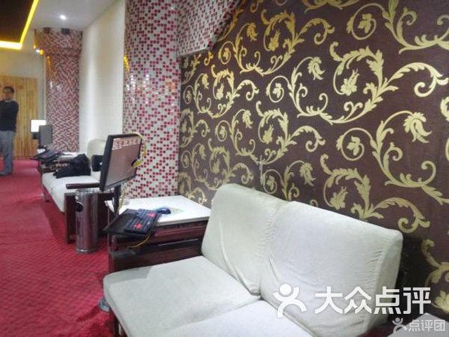 潍坊市寿光市渤海路1478号阳光春天购物广场f3