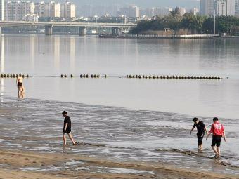 西河游泳场