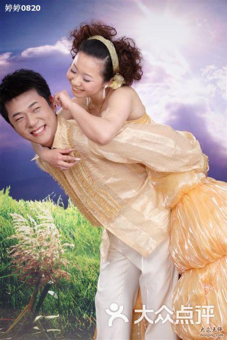 新派 婚纱摄影 世家_武汉市80风尚新派婚纱摄影
