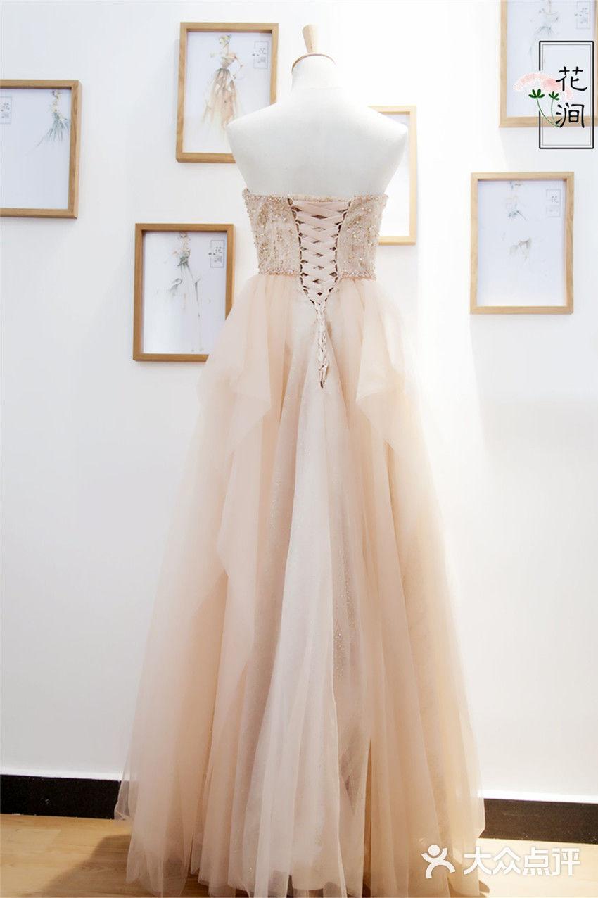 手绘婚纱礼服设计图高清展示