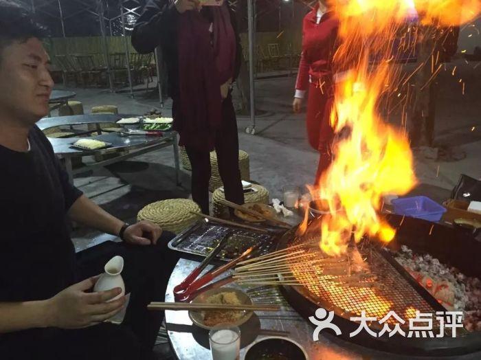 仁寿月城桶签烤肉-火把虾图片-仁寿县美食-大众点评