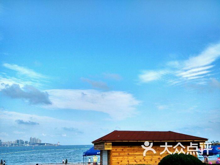 市南区 湛山/太平角 景点 海滨沙滩 青岛第三海水浴场(二疗更衣室) 默