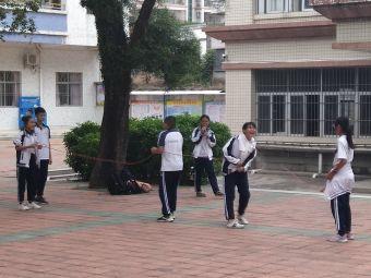 崇雅中学(初中部)