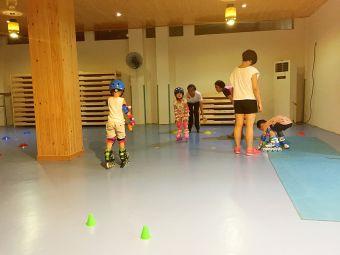 奇乐轮滑教育培训